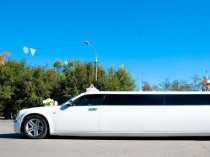Роскошные лимузины Lincoln Town Car, Hummer H2, Chrysler 300c